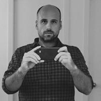Oriol Fernandez, director de arte en &Rosàs y profesor de la Barcelona School of Creativity.